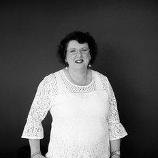 Linda Bruce, Property Manager