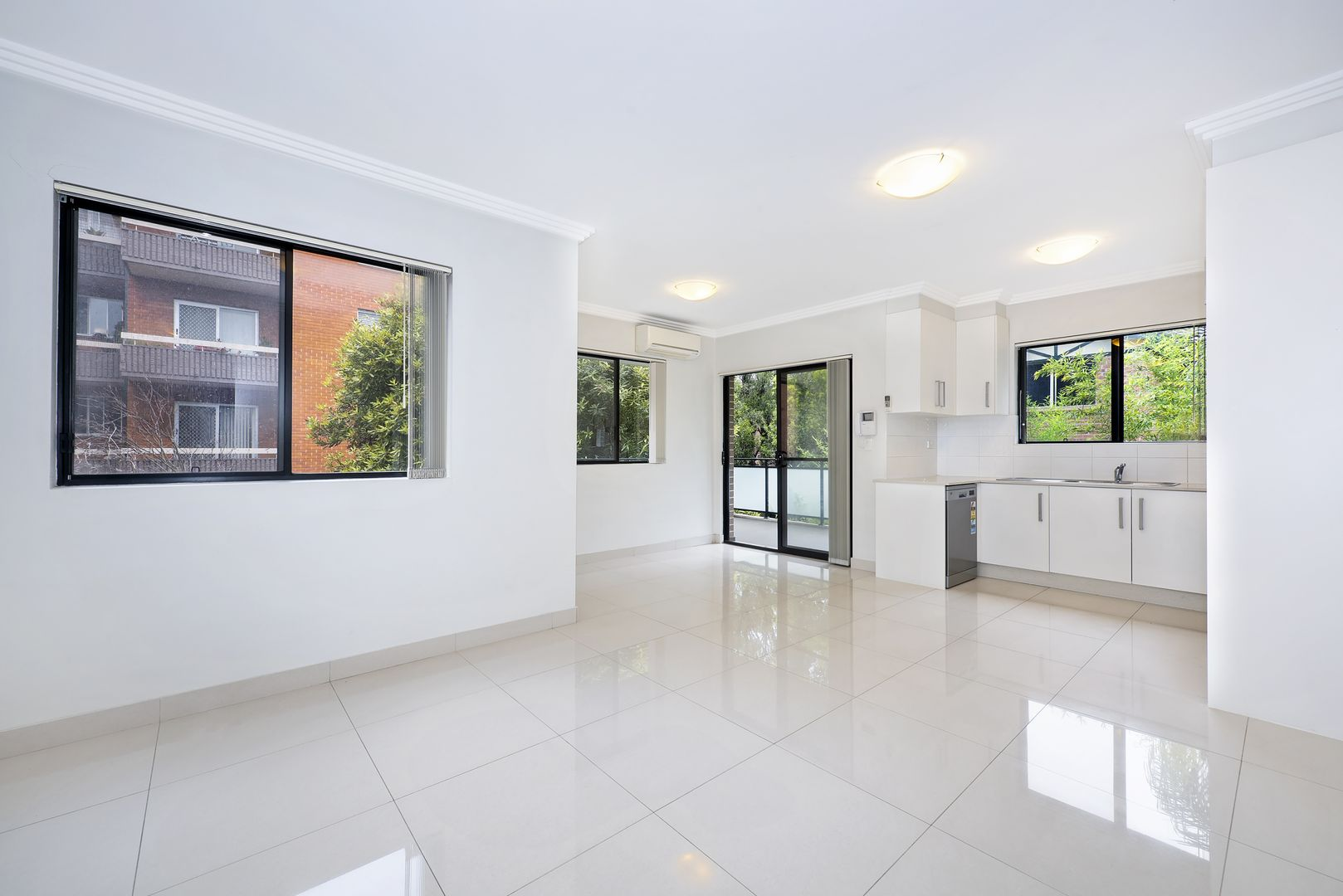 10/8-10 Ewart Street, Marrickville NSW 2204, Image 1