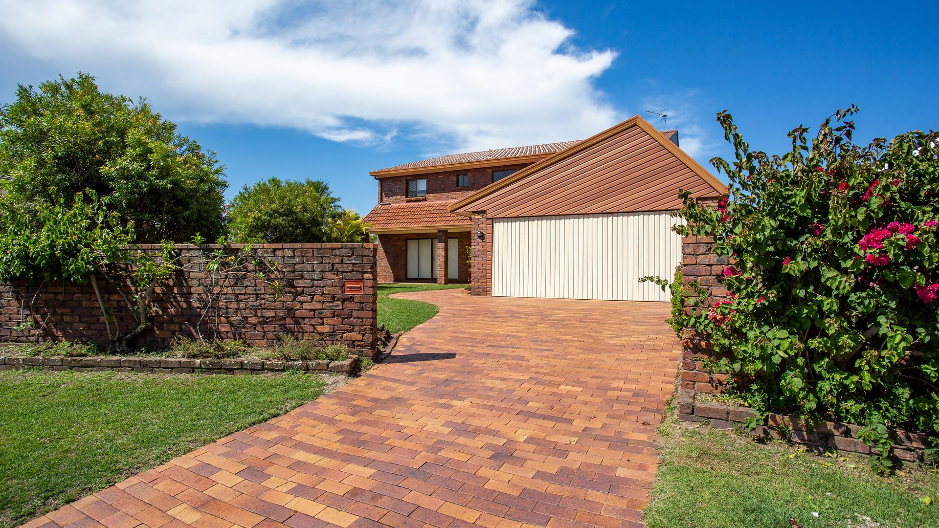 34 Pilot Court, Mermaid Waters QLD 4218, Image 1