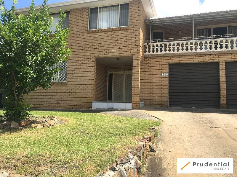 135 Harrow Road, Glenfield NSW 2167, Image 0
