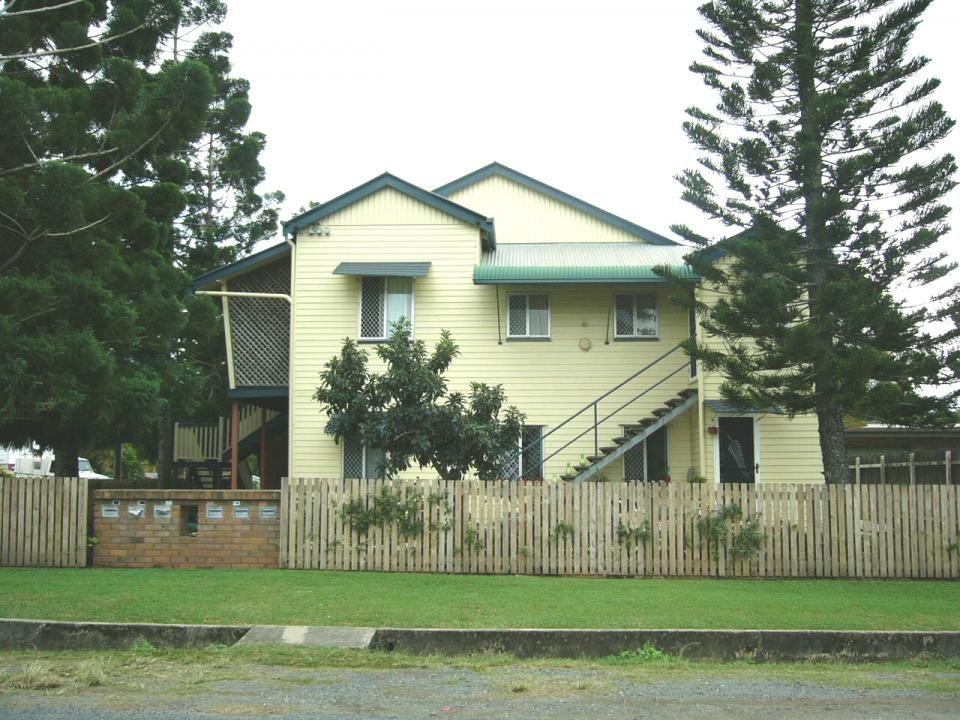 3/8 Norris Street, Mackay QLD 4740, Image 1