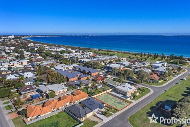 Picture of 16 Governor Road, ROCKINGHAM WA 6168