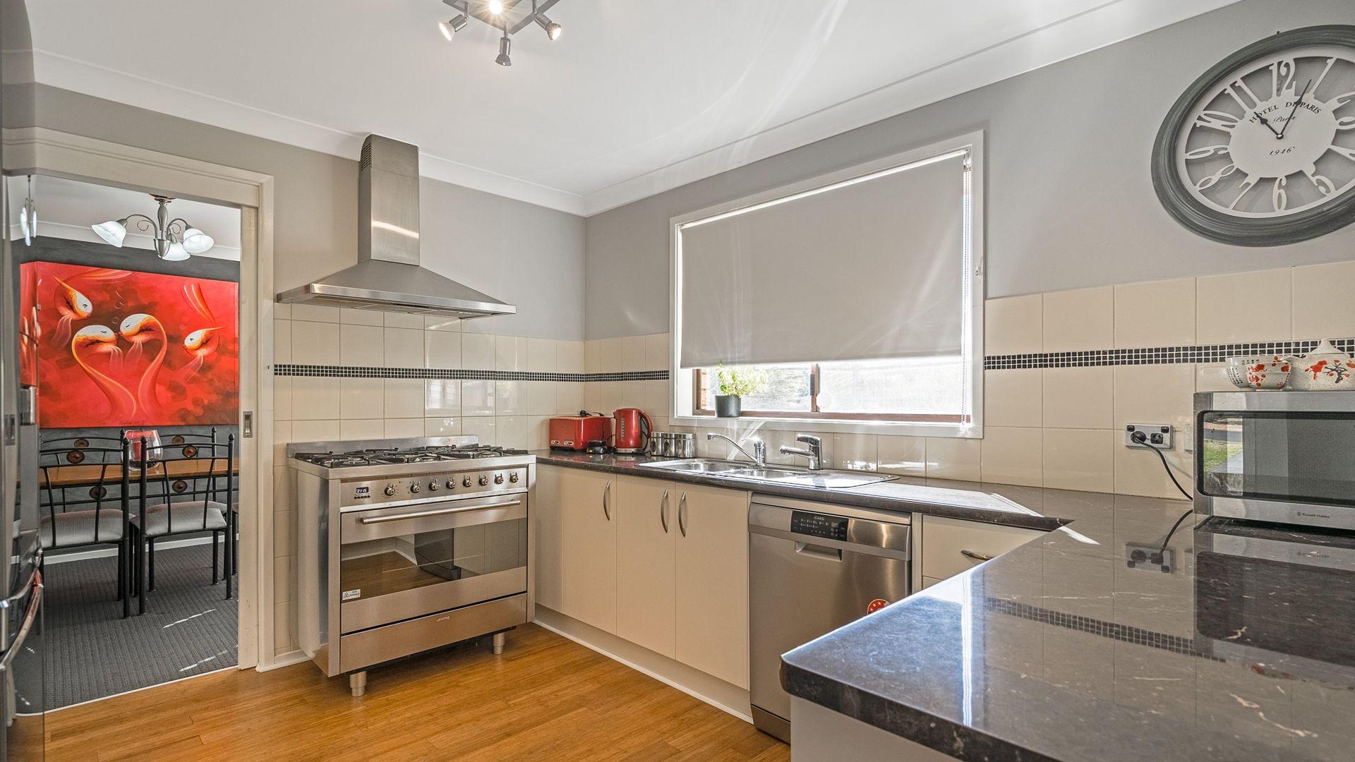 16 Keane Avenue, Dubbo NSW 2830, Image 1