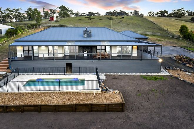 Picture of 132 Ridge Road, WHITTLESEA VIC 3757