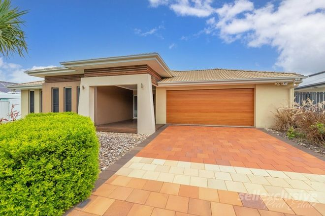 Picture of 45 Dunebean Drive, BANKSIA BEACH QLD 4507