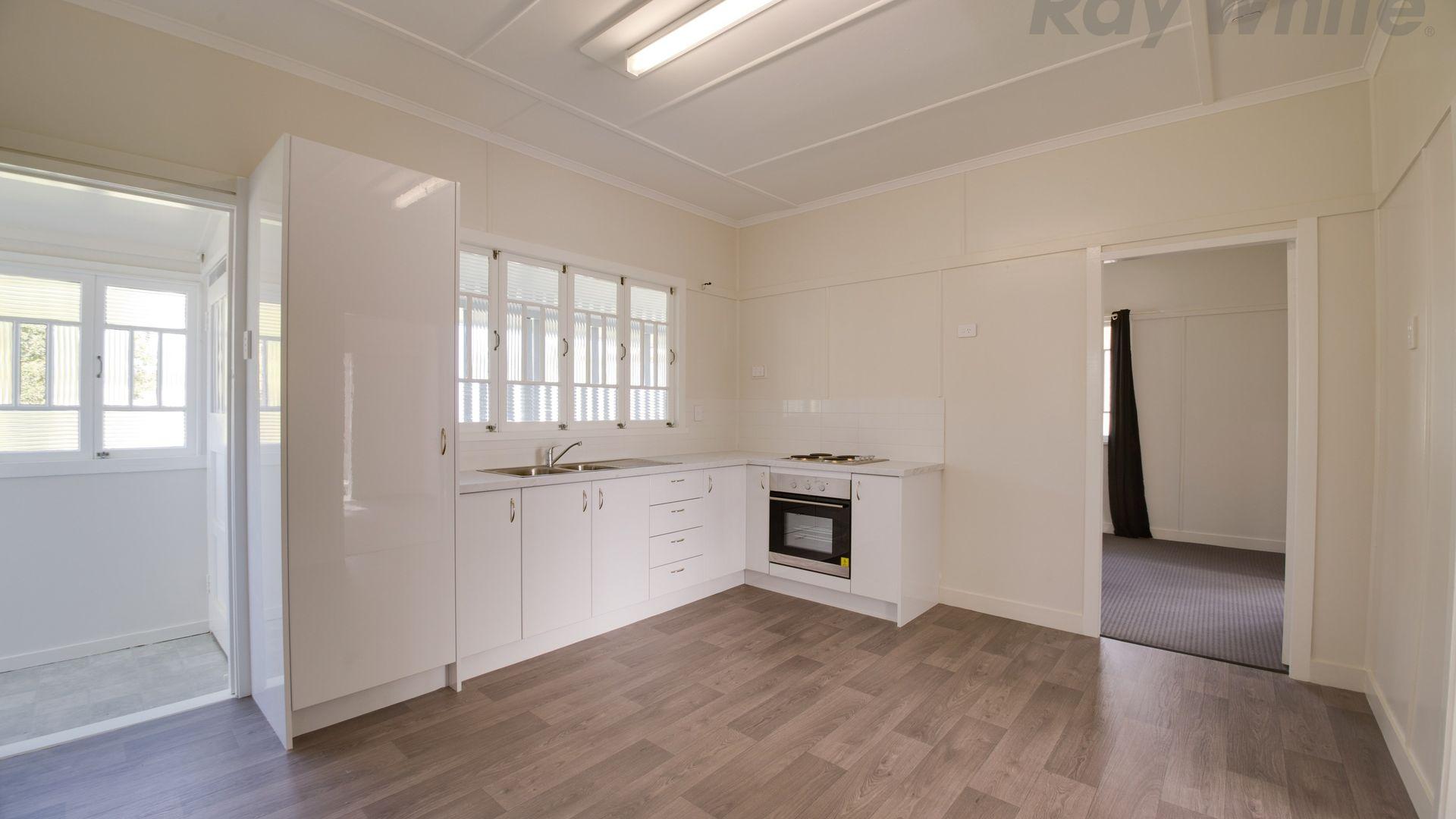 25 Pemberton Street, Booval QLD 4304, Image 1