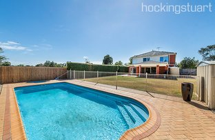 Picture of 8 Purbeck Place, Narre Warren South VIC 3805