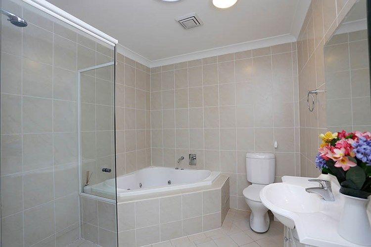 14/19 Sherwin  Avenue, Castle Hill NSW 2154, Image 2