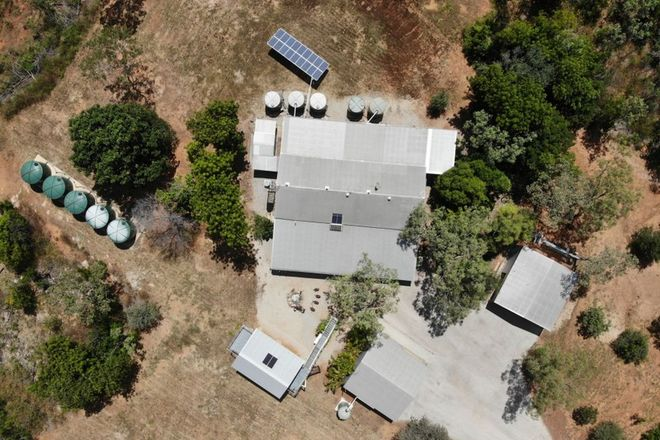 Picture of 2 Collins Road, URALLA NT 0852