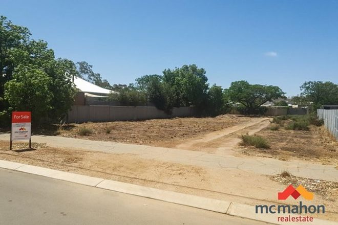 Picture of 12 Gamenya Avenue, MERREDIN WA 6415
