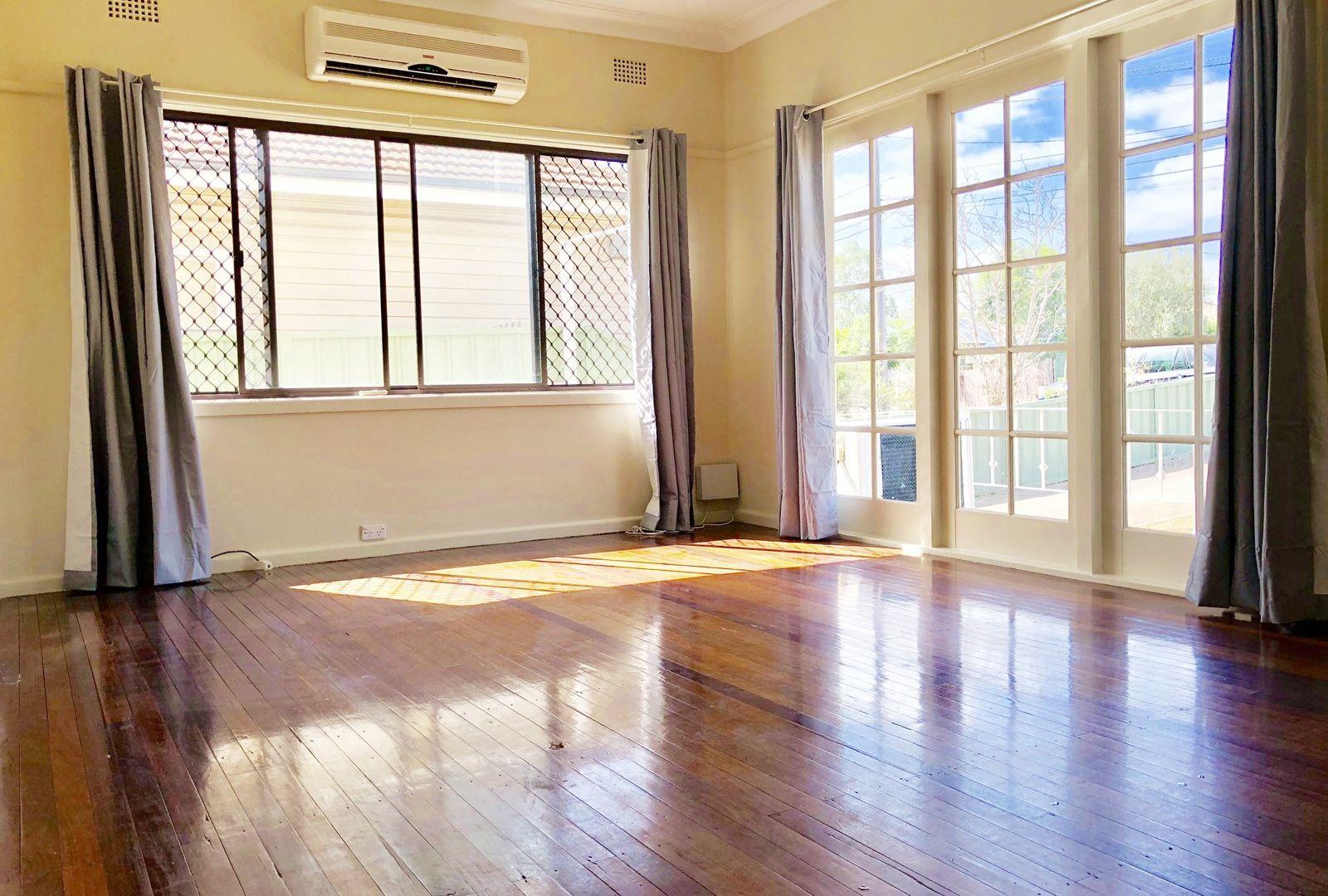 36 Paul Street, Blacktown NSW 2148, Image 2