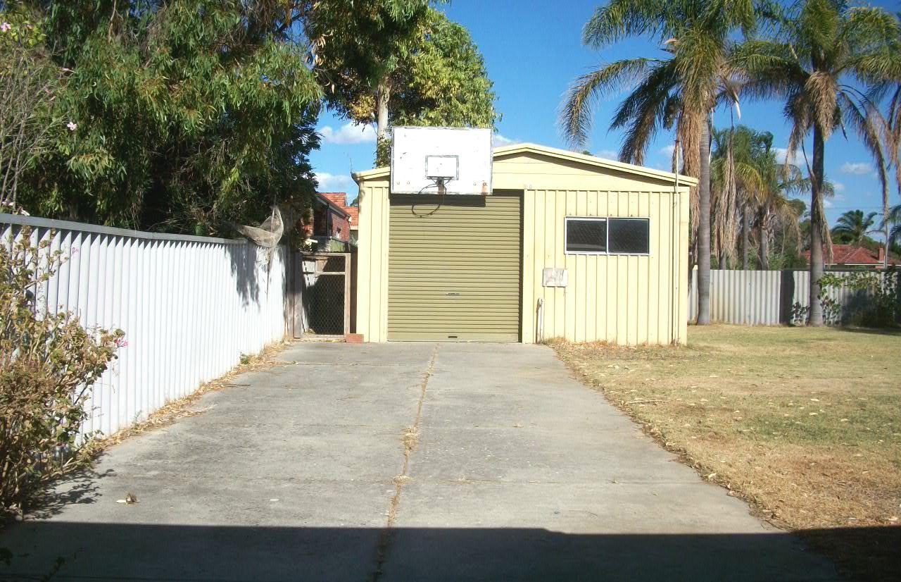 31 Lewington Street, Rockingham WA 6168, Image 6