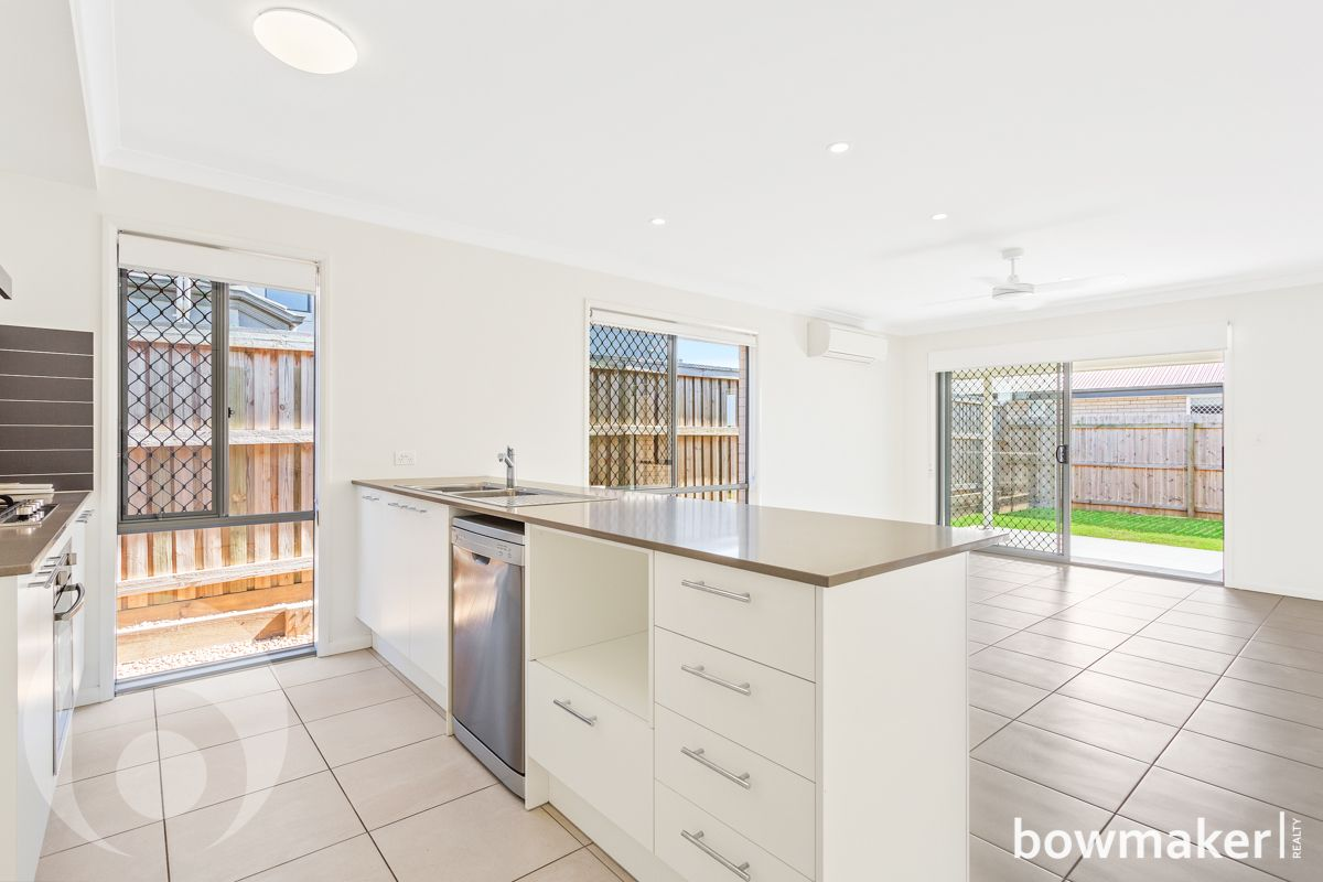 98 Expedition Drive, North Lakes QLD 4509, Image 2