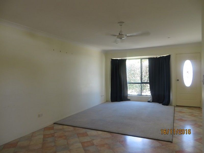 1/5 LAWRENCE COURT, Tannum Sands QLD 4680, Image 2