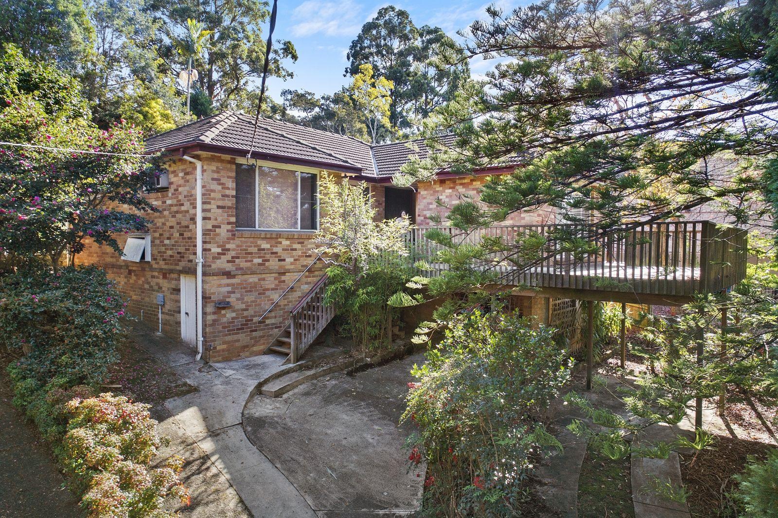 16 Larnock Avenue, Pymble NSW 2073, Image 0