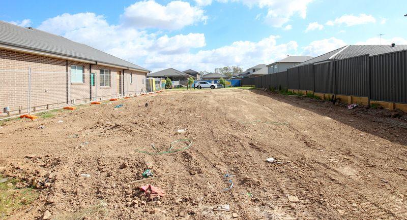 3 Foxtail Drive, Denham Court NSW 2565, Image 2