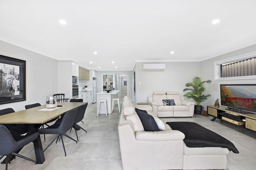 44 Kalulah Avenue, Gorokan NSW 2263, Image 2