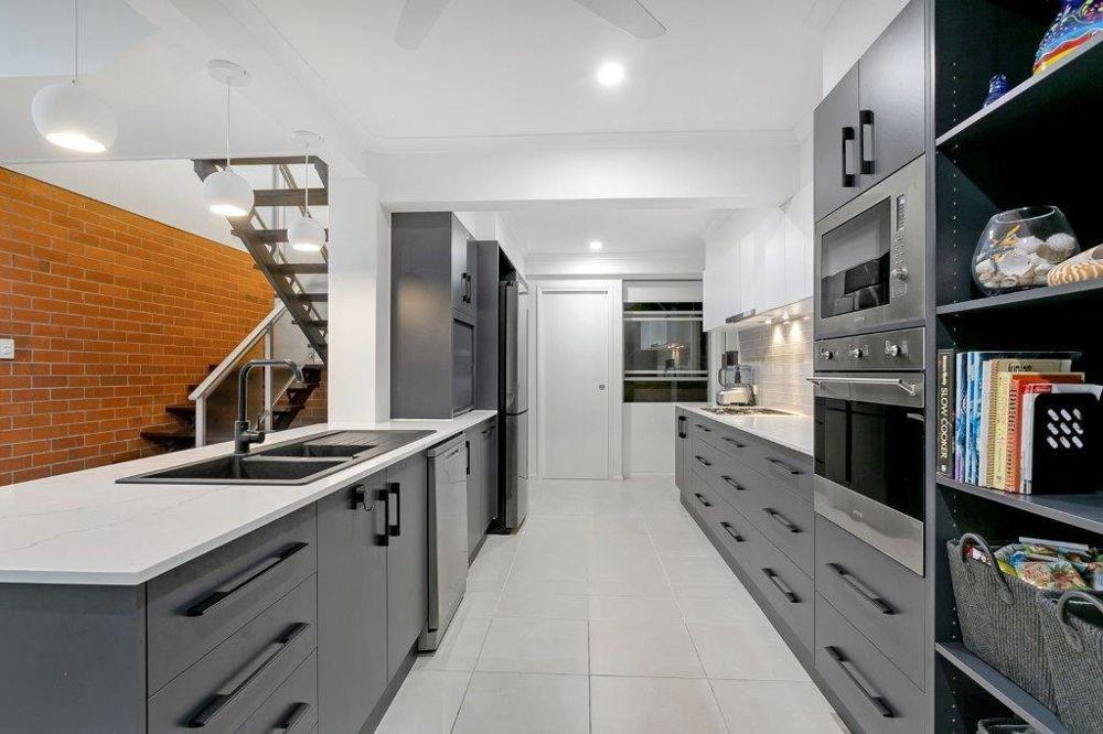 45 Walsh Street, Edge Hill QLD 4870, Image 2
