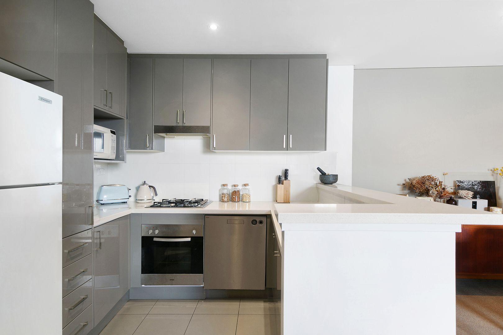 1512/1C Burdett Street, Hornsby NSW 2077, Image 2