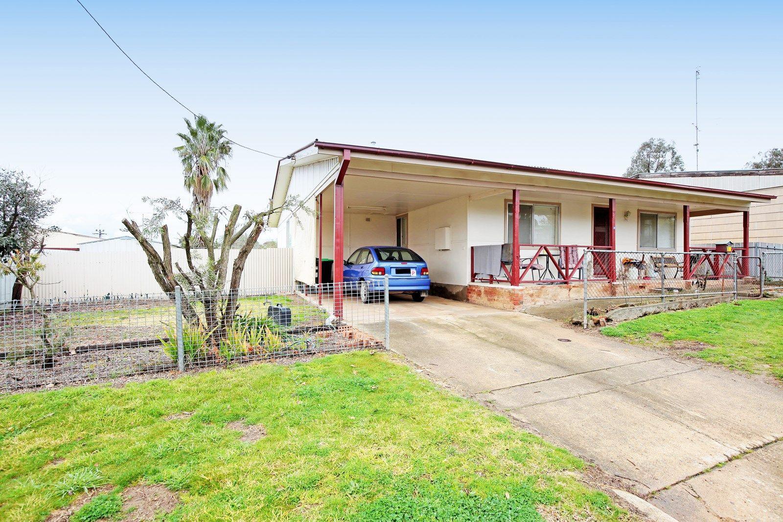 14 George Street, Junee NSW 2663, Image 1