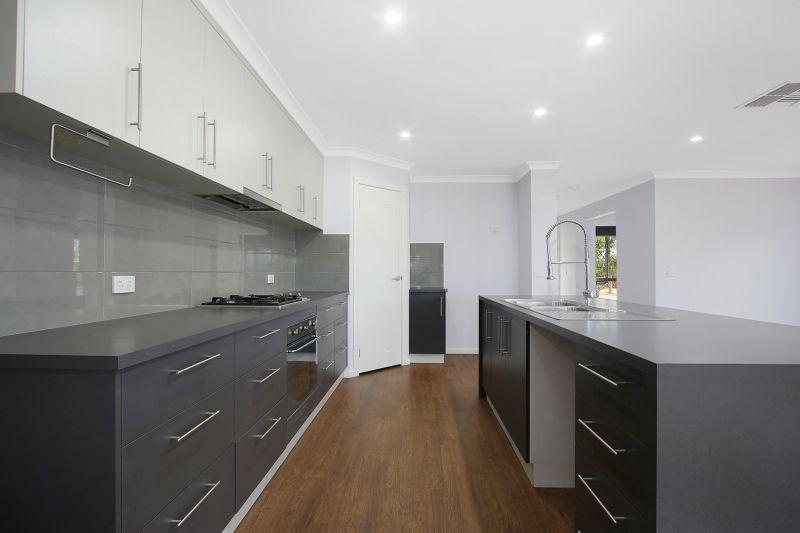 6 Par Street, Glenroy NSW 2640, Image 1