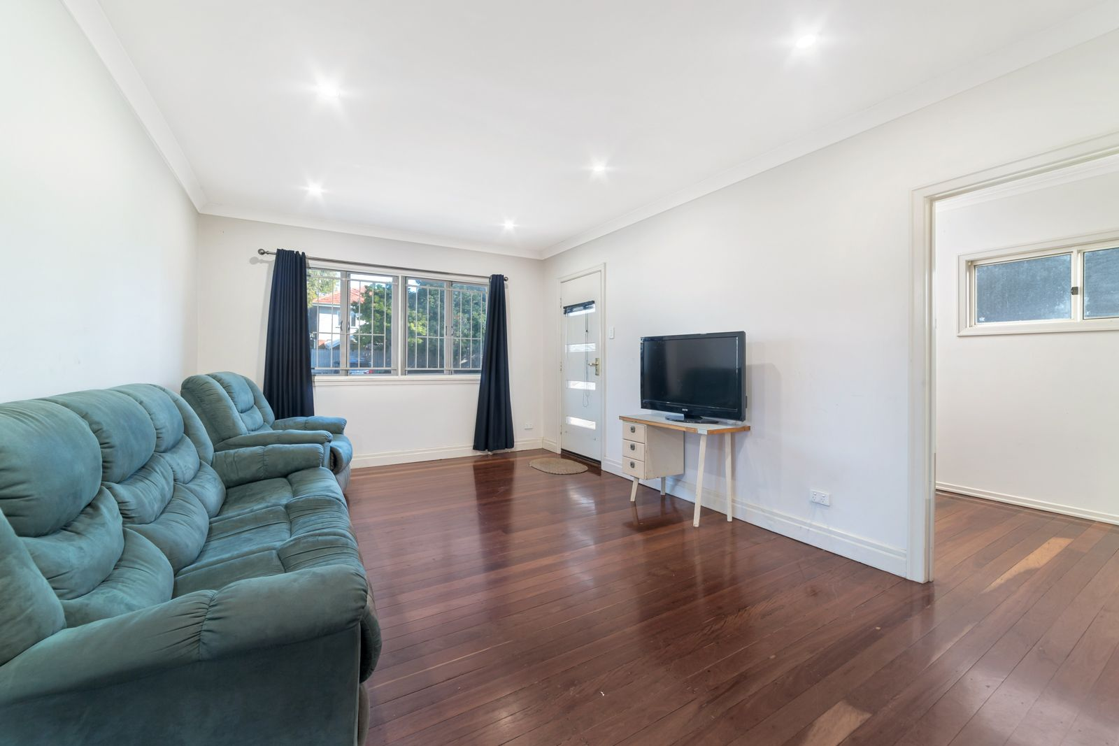 45 Boundary Road, Indooroopilly QLD 4068, Image 2