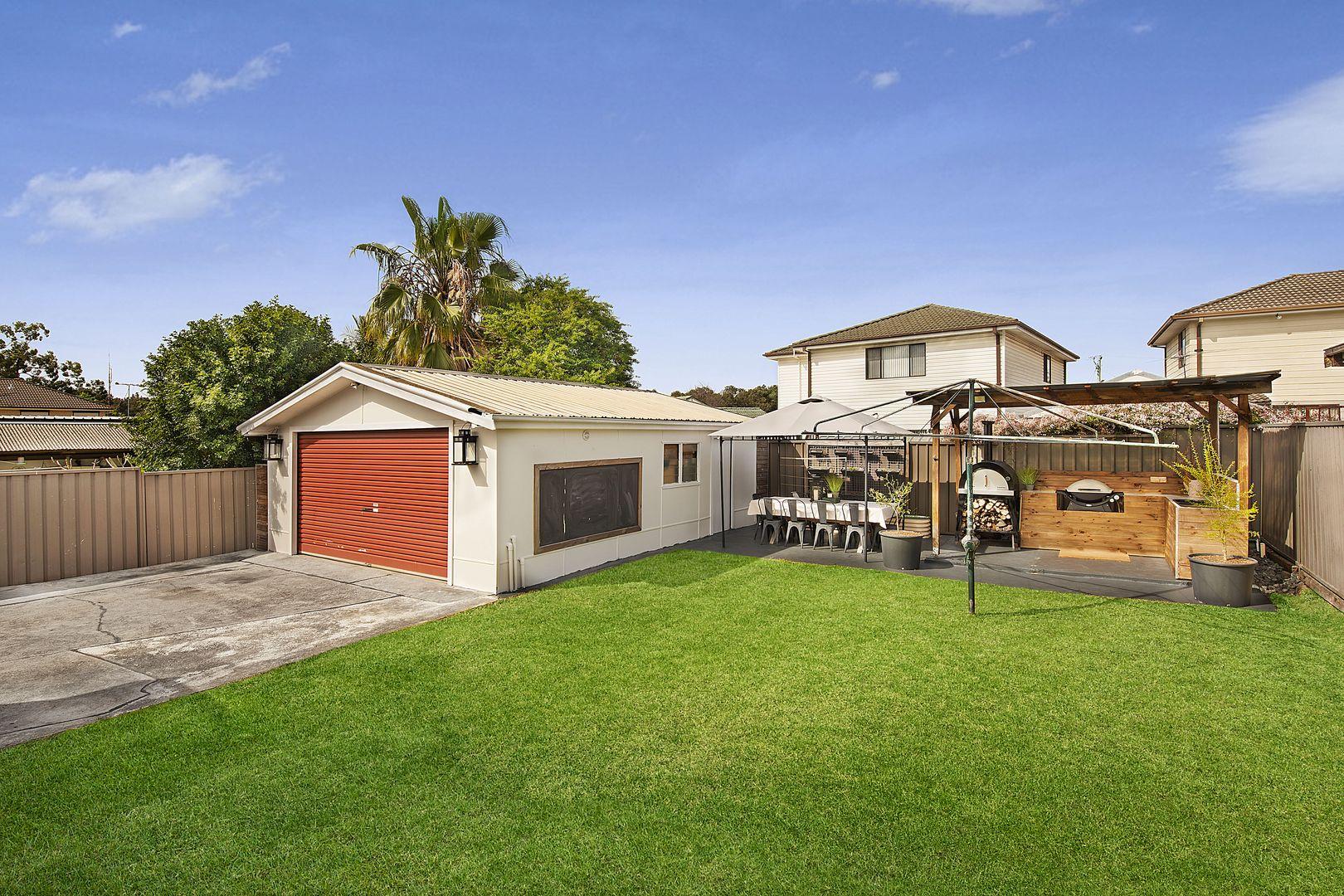 33 Shamrock Street, Smithfield NSW 2164, Image 0