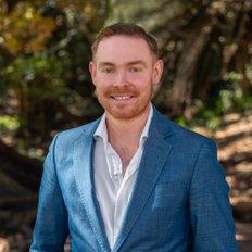 Andrew Dinnen, Sales representative