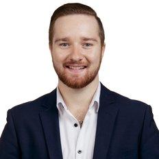 Daniel Kelly, Sales representative