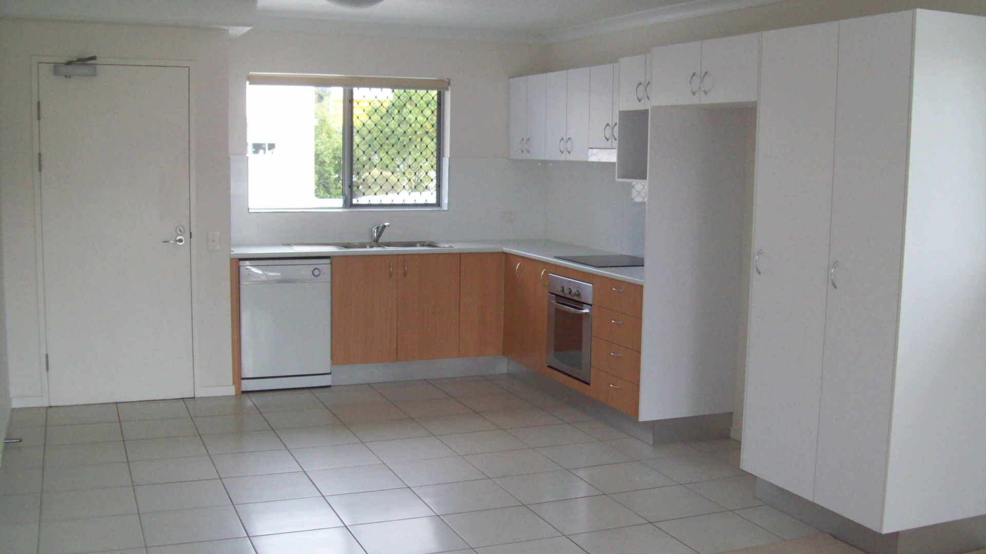 514/25 Chancellor Village Blvd, Sippy Downs QLD 4556, Image 2
