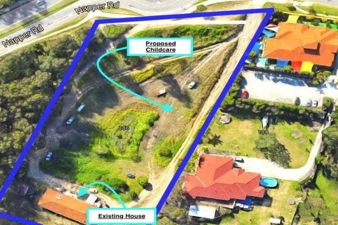 Picture of 186 Napper Road, PARKWOOD QLD 4214