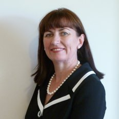 Robyn Sutton, Sales representative