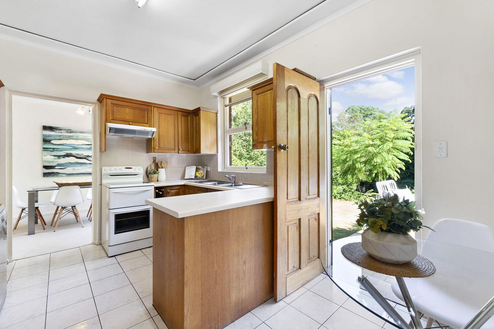 29 Wyomee Avenue, West Pymble NSW 2073, Image 2