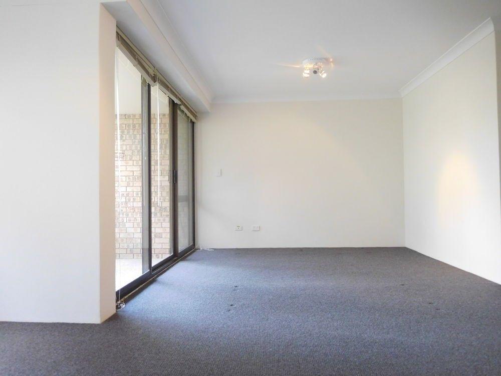 11/25-27 Fontenoy Road, Macquarie Park NSW 2113, Image 2