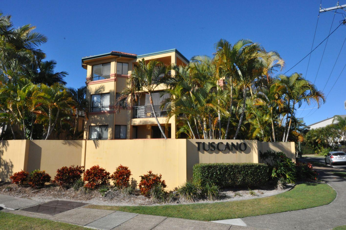 5/2 Madang Cres, Runaway Bay QLD 4216, Image 0