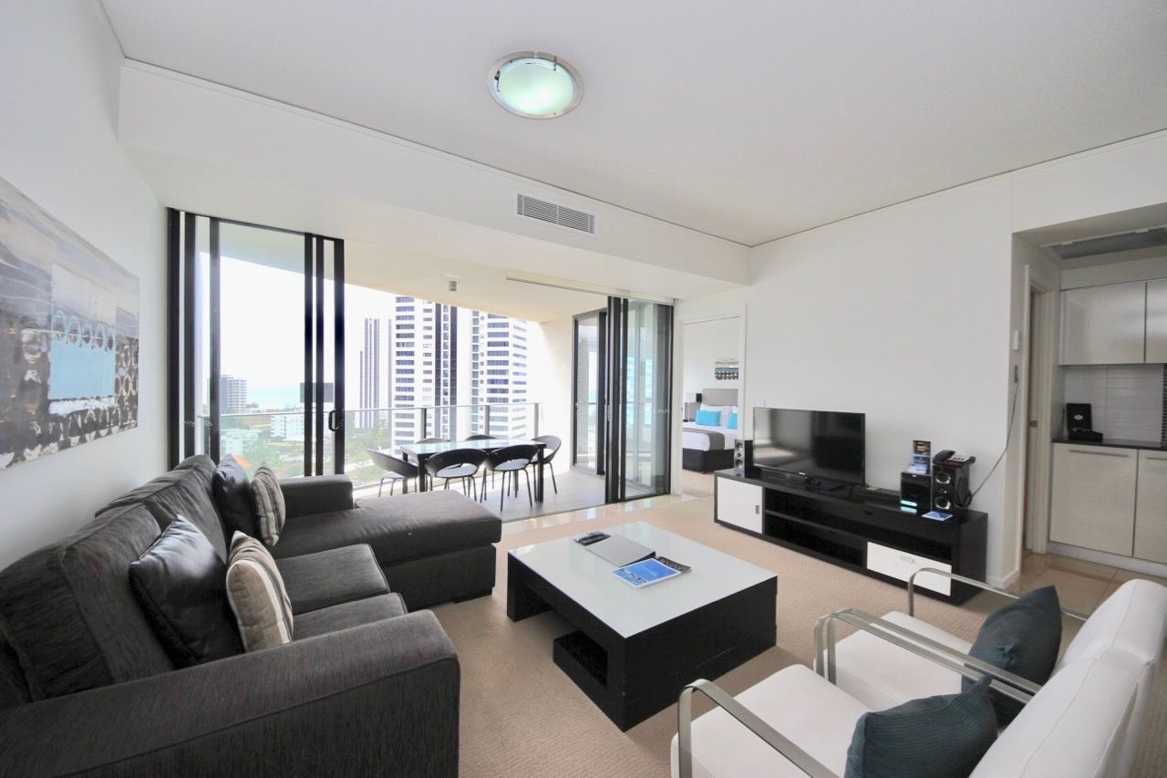 15/22 Surf Parade, Broadbeach QLD 4218, Image 2