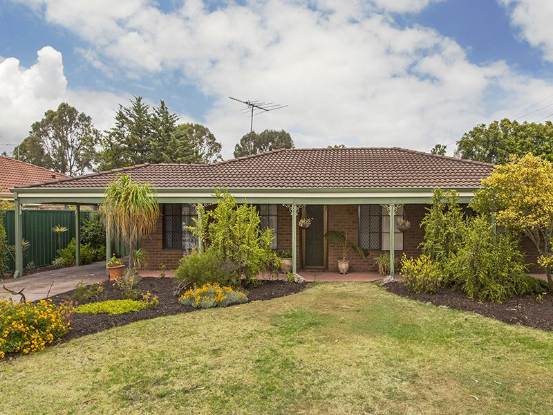 4 Lake Edge Lane, South Lake WA 6164, Image 0