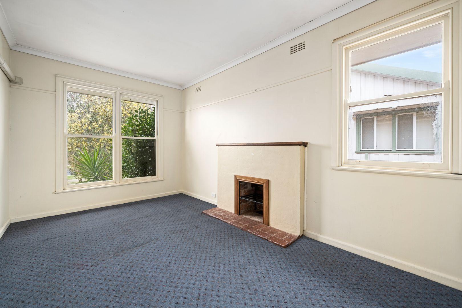 36 Batchelor Crescent, Wangaratta VIC 3677, Image 2