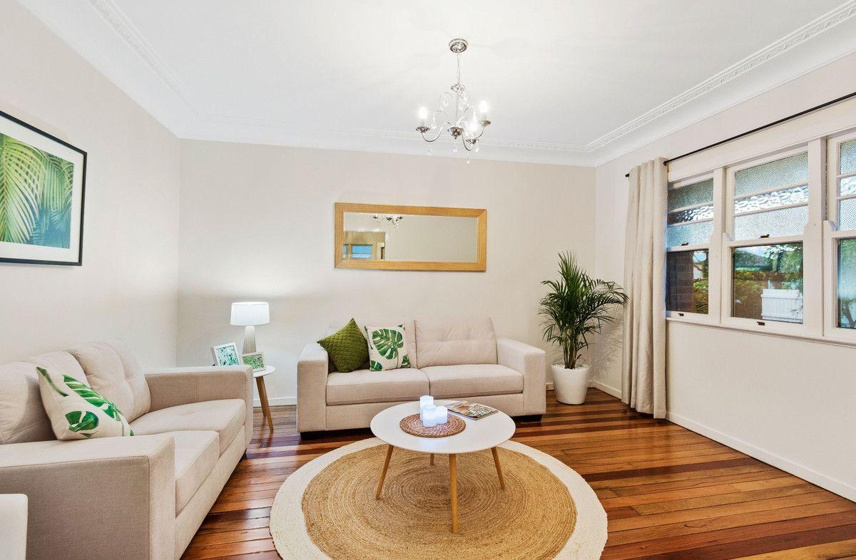 12 Robinson Street, North Toowoomba QLD 4350, Image 2