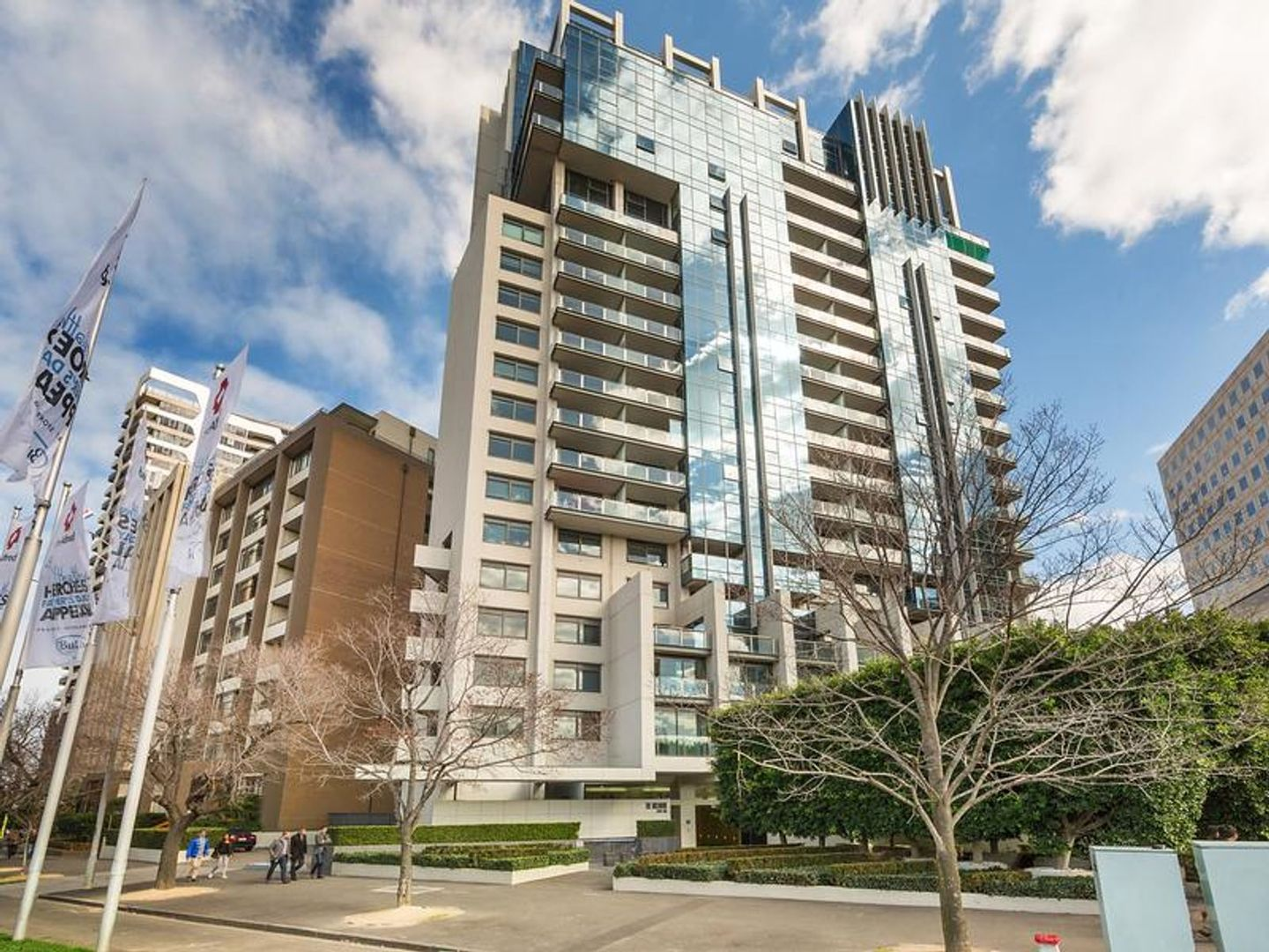 705/2 Albert Road, Melbourne 3004 VIC 3004 - Apartment For ...