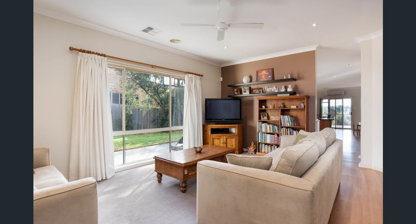 9 Ally Terrace, Chirnside Park VIC 3116, Image 2