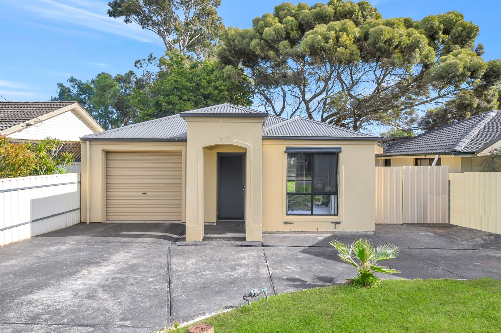 37 Christopher Road, Christie Downs SA 5164, Image 0