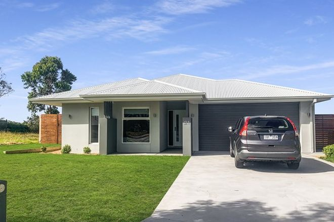 Picture of 21 Plateau Avenue, METUNG VIC 3904