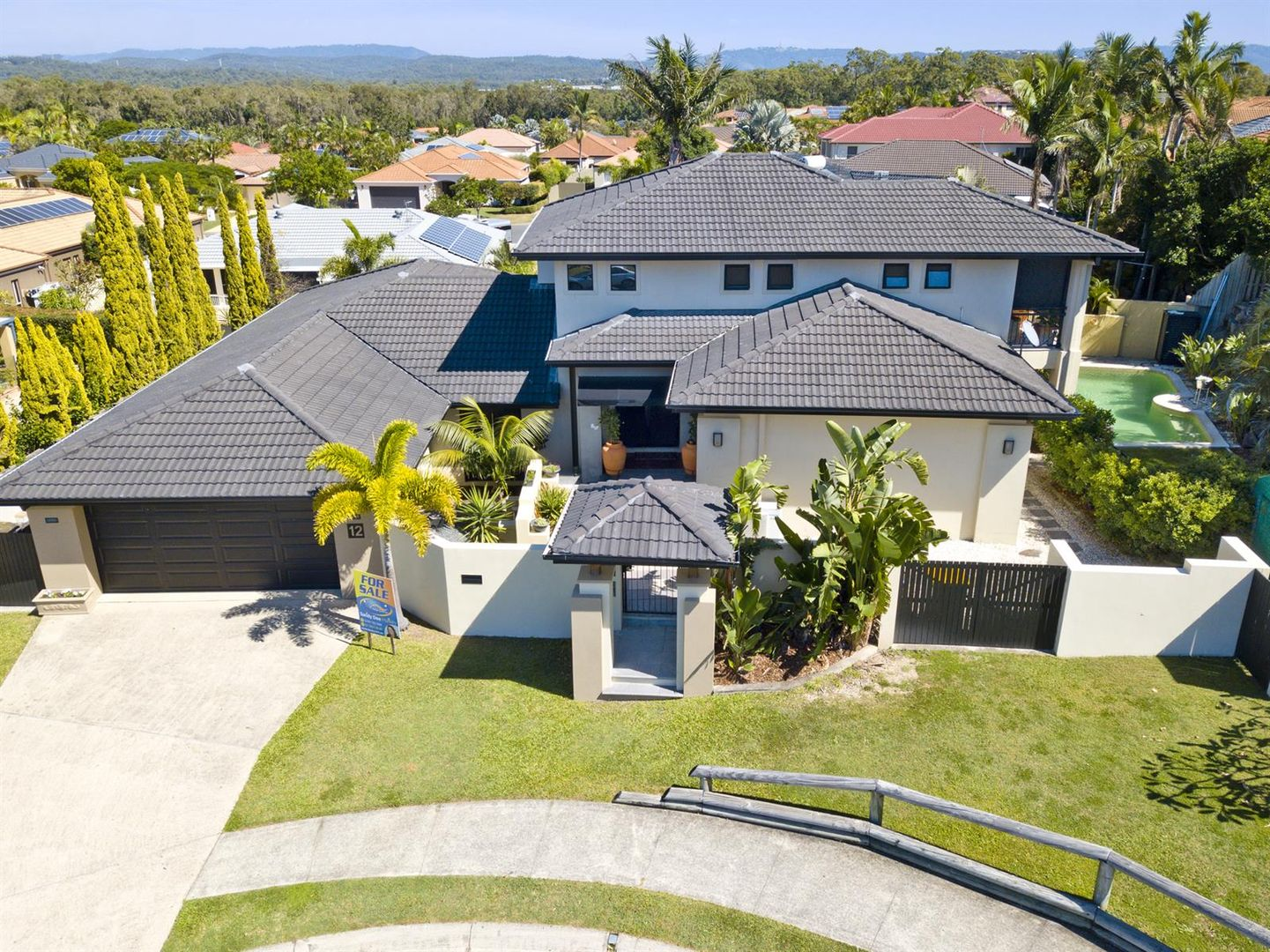 12 Eastbourne Chase, Arundel QLD 4214, Image 0