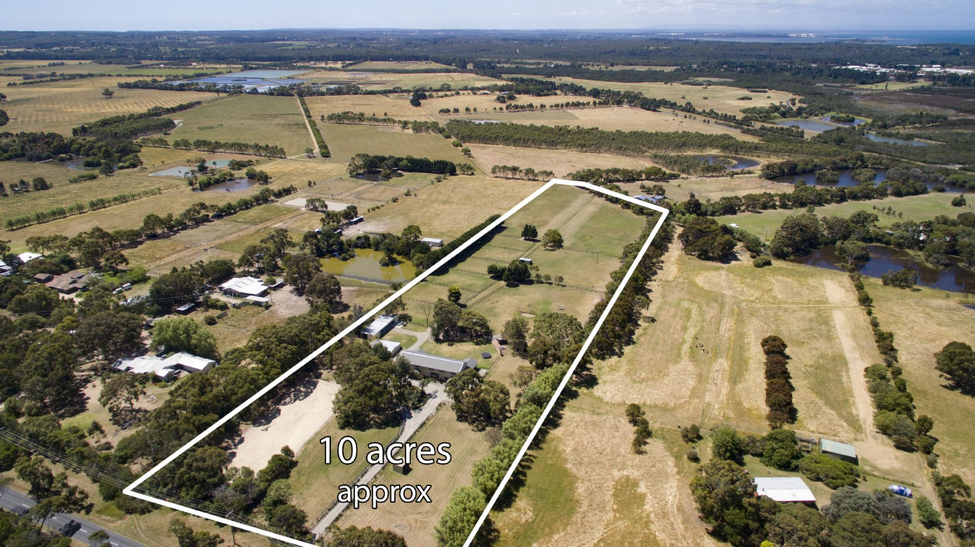 42 Sandy Point Road, Somers VIC 3927, Image 2