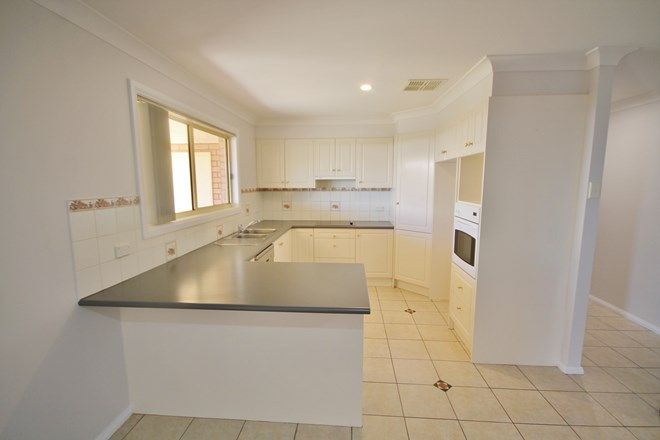 Picture of 57 Templemore Street, YOUNG NSW 2594