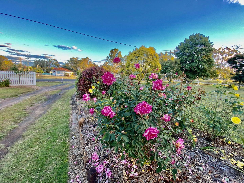 53 Eskdale Road, Toogoolawah QLD 4313, Image 2