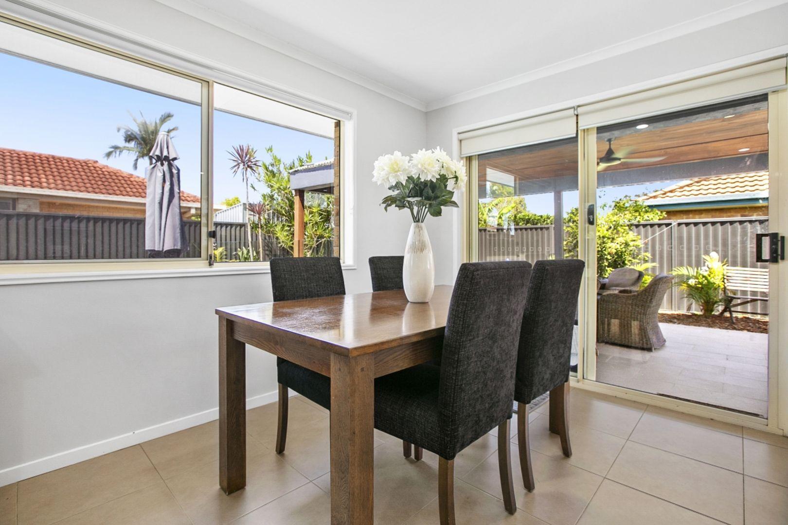 6 Talgai Place, Merrimac QLD 4226, Image 2
