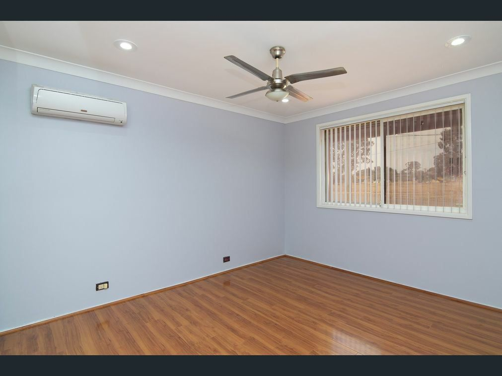 31 Gamenya Ave, South Penrith NSW 2750, Image 2