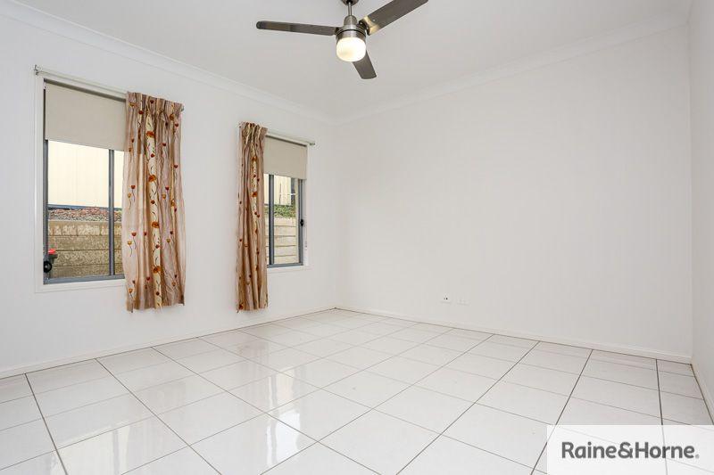 12 De Luchi Street, Carseldine QLD 4034, Image 2